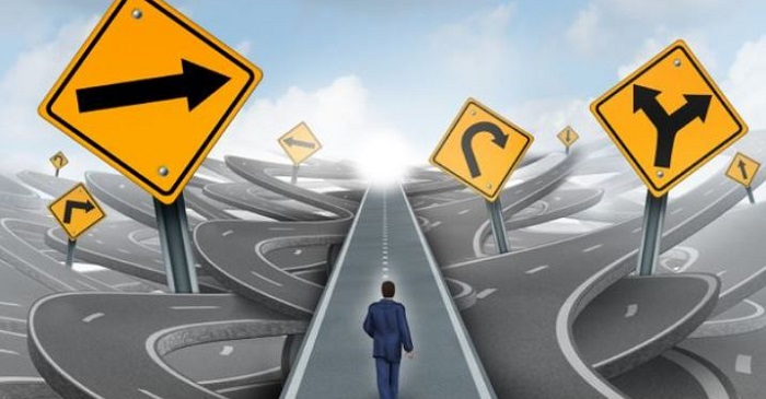 تصمیم گیری یعنی انتخاب یک راه از بین راه های مختلف